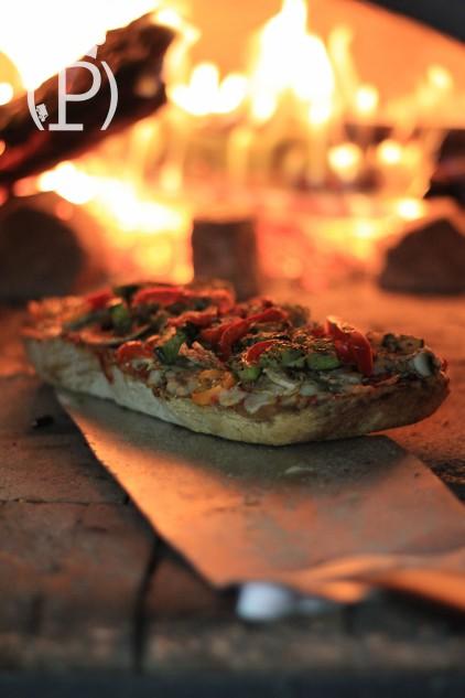 Bruschetta printanière, huile d olive et légumes mijotés